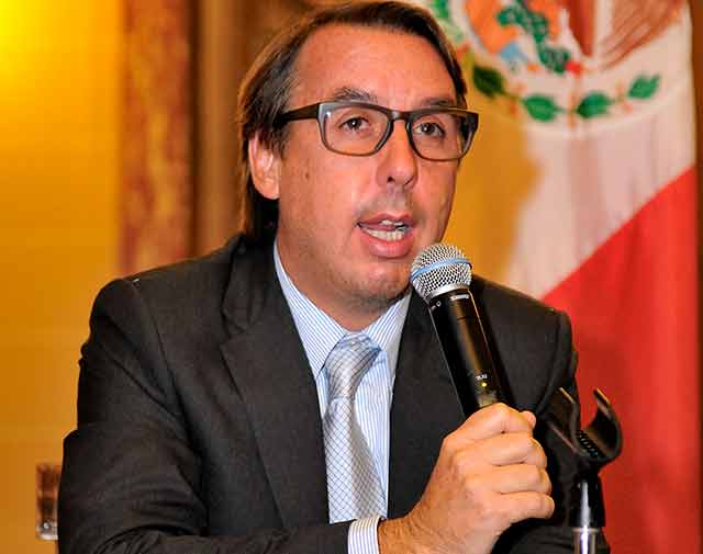 La venta de contenidos y la pérdida de la audiencia joven es el talón de Aquiles de Televisa.