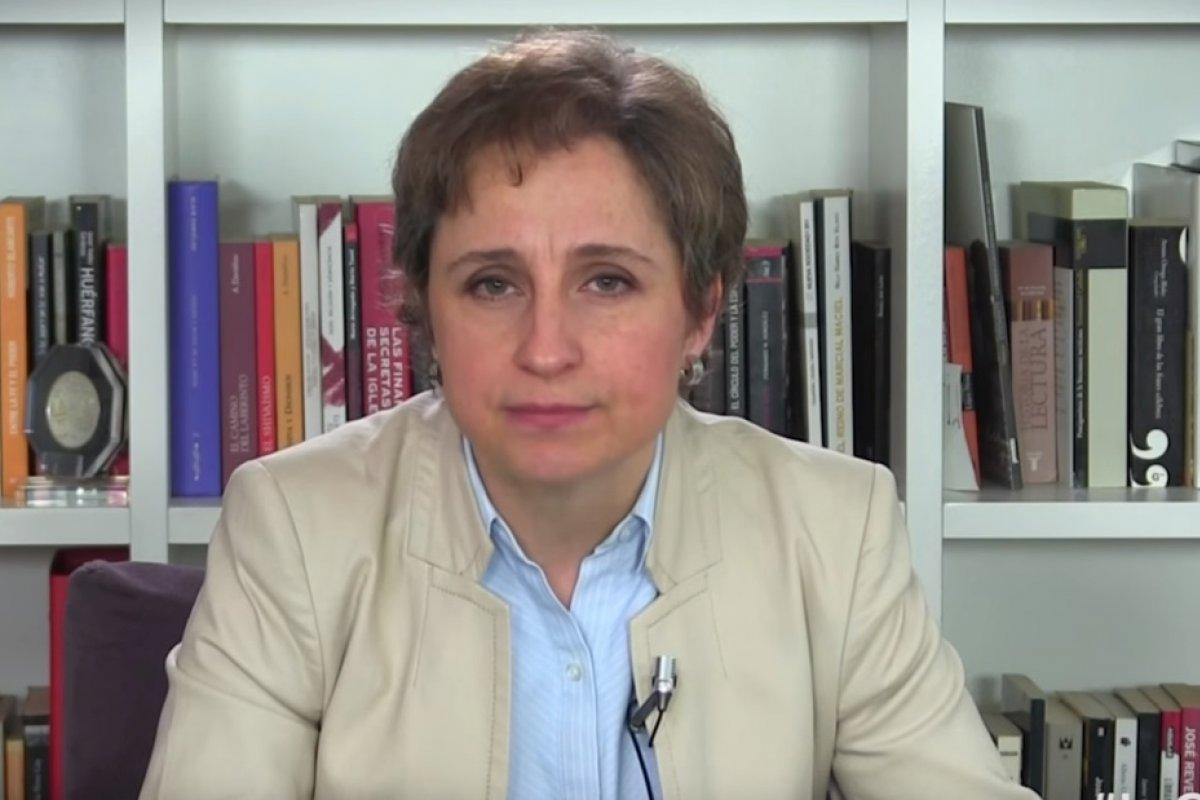 En el video, la periodista acusa al presidente de que por vía de demandas pretenden seguir imponiendo la censura.