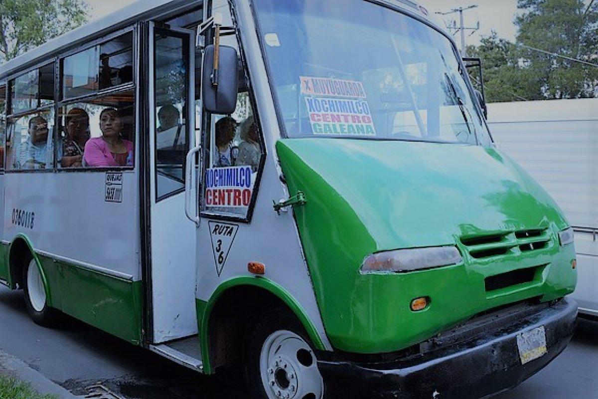 Los microbuses y las combis son los transportes más usados, 3 de 4 viajes se realizan en colectivo.