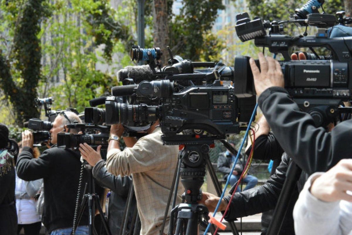 Existen dudas sobre si las agendas de la ONGs son compatibles con la labor informativa del periodismo (Foto: VOCAL-NY)