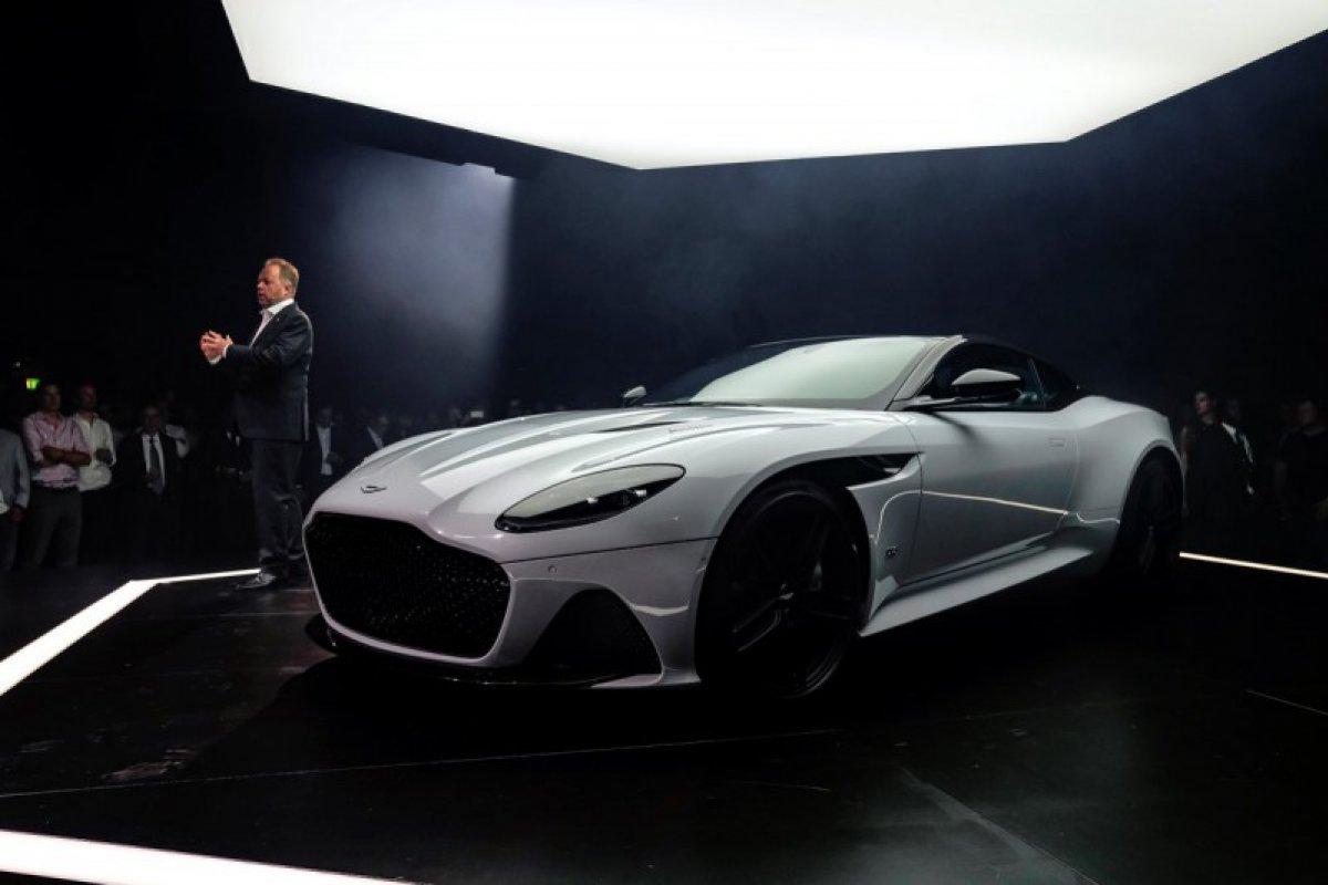 Presentación de DBS Superleggera   Foto: Twitter Aston Martin @astonmartin
