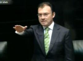 El secretario de Hacienda y Crédito Público, Luis Videgaray Caso, en comparecencia ante el Senado de la República.