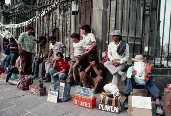 Millones de desempleados confirman las estadísticas y por qué en México seis de cada 10 trabajadores laboran en informalidad.