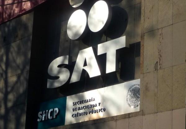 El SAT prometió ventajas para los pequeños negocios con la factura electrónica.