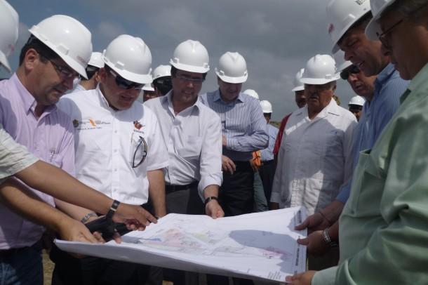 """Braskem-Idesa cuenta ya con una cartera de 120 clientes que no buscan las soluciones que el consorcio de capital brasileño-mexicano llama """"ingeniería de aplicación""""."""