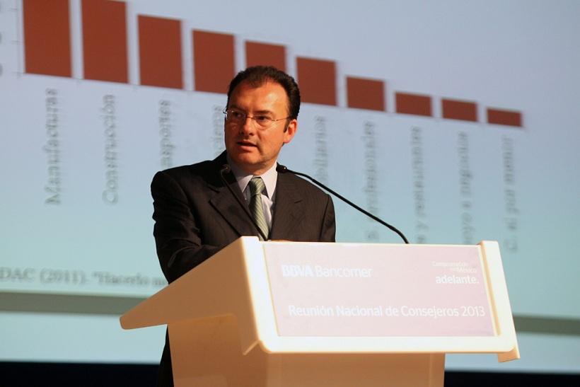 En contraste, el ISR aumentó en 14.9% en el 2013 con respecto del 2012.