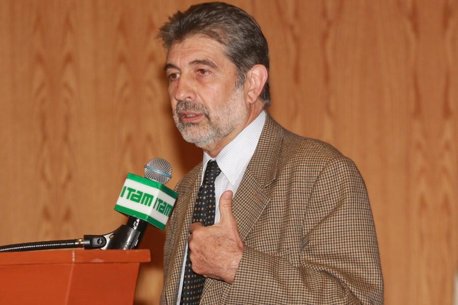 Luis Foncerrada Pascal, director de CEESP