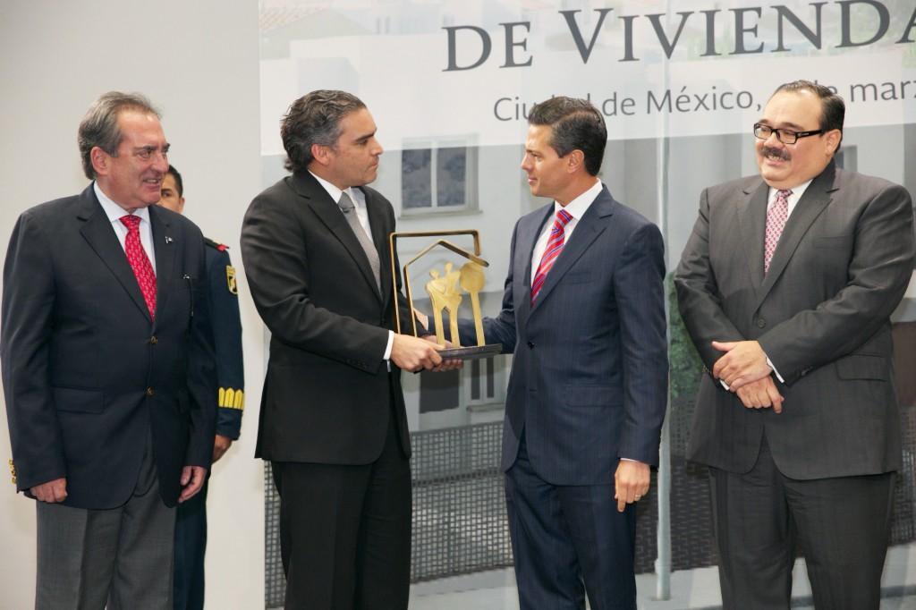 Programas Estatales de Vivienda 2014 tendrán una inversión superior a los 14 mil 600 millones de pesos.