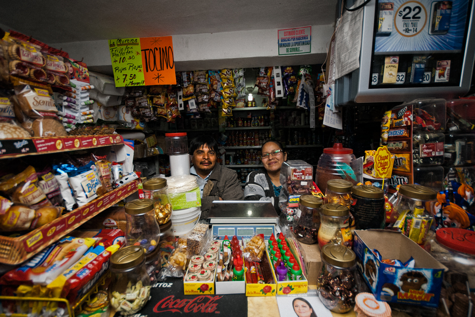 Se calcula la existencia de hasta 500 mil tiendas de barrio.