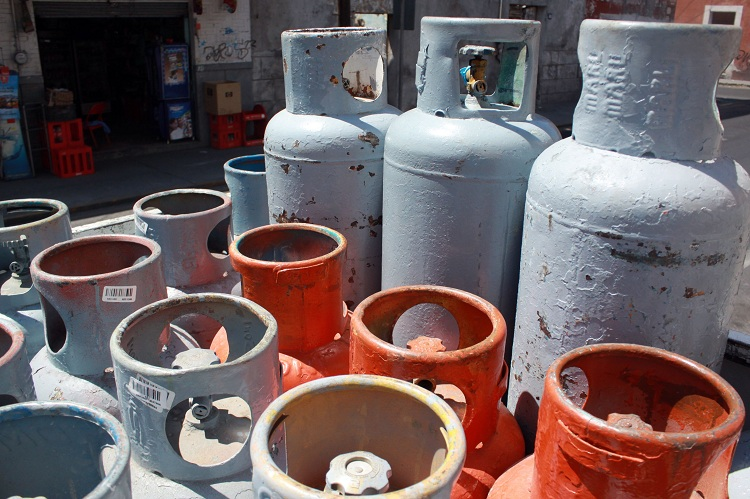Permisionarios del transporte de gas por ductos no podrán comercializar el hidrocarburo, para evitar conflicto de interés.