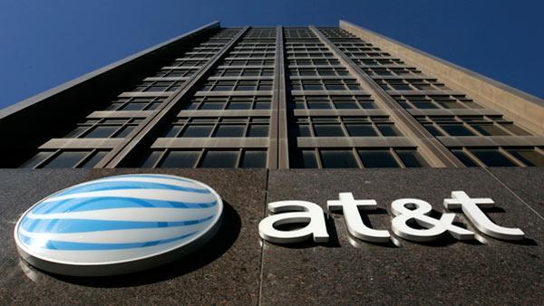 AT&T controla el 8% del capital de AMX, ahora busca los recursos para contemplar su nueva transacción.