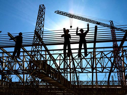 El gasto en construcción cayó 3.3% durante el primer trimestre del 2014.