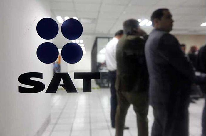 30 contribuyentes están en la mira del SAT por emitir facturas con operaciones inexistentes.