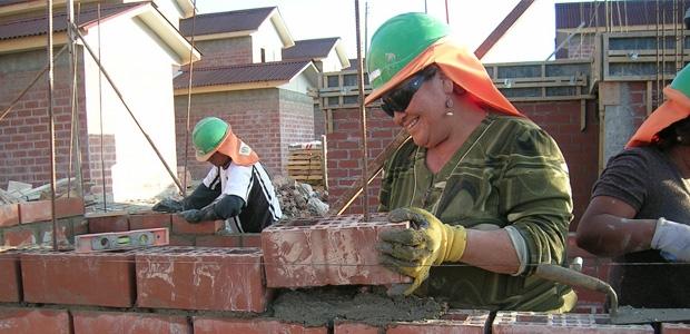 La edificación fue el subsector de la construcción con la caída más pronunciada al registrar -5.3% en abril anual.