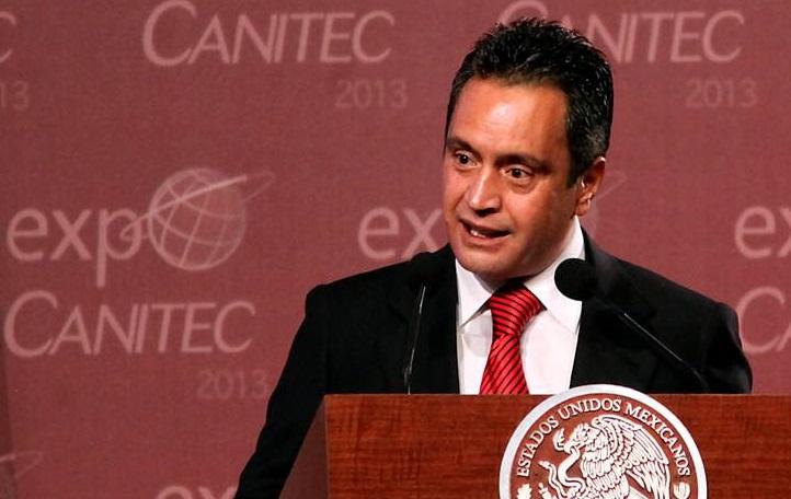 El titular de Canitec tiene participación en las cableras de Televisa.