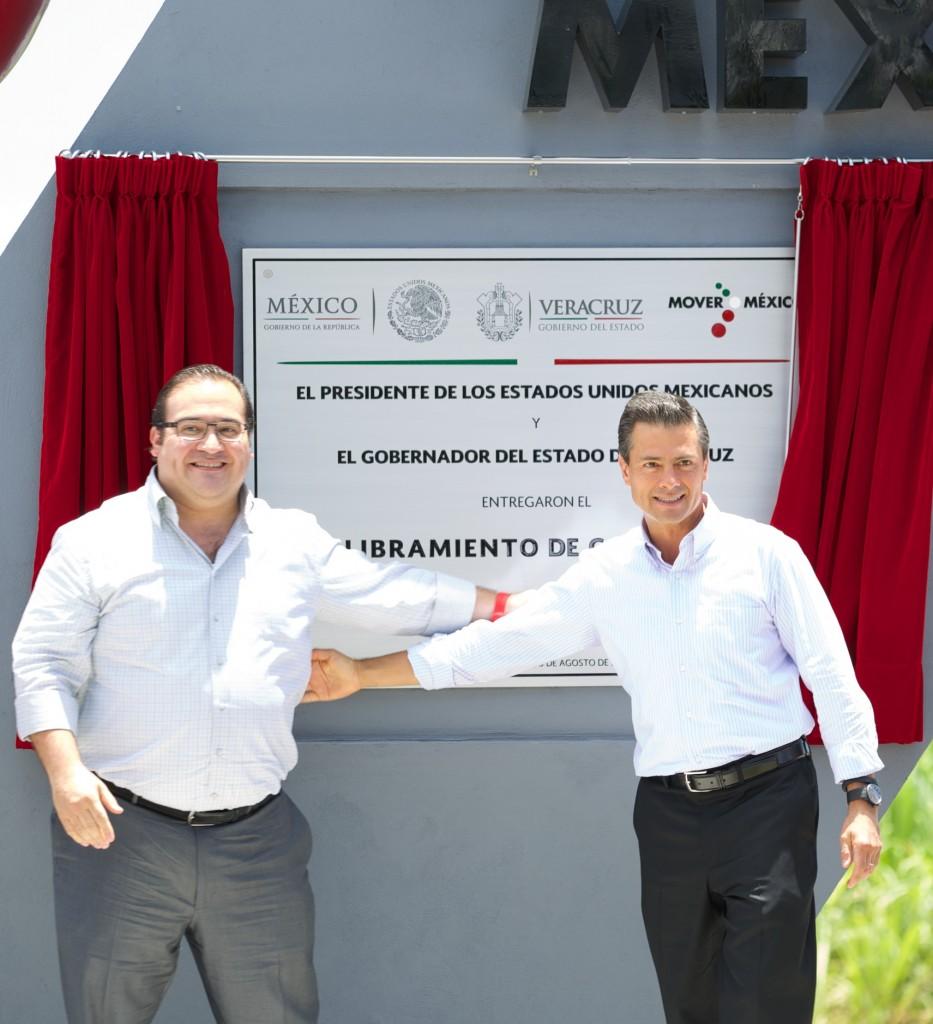 El libramiento de Coatepec, Veracruz beneficia a más de 650 mil habitantes.