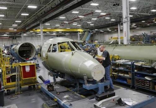 La industria aeronáutica de EU incrementó en 7.2% las solicitudes de aviones nuevos.