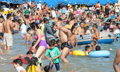 La caída de 1.1% en el consumo del turismo local fue compensada por el incremento de 14.9% del gasto de los visitantes extranjeros.
