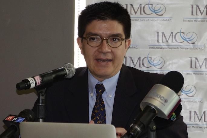 Si el pasivo pensionario se incluyera como deuda pública se derrumbaría el mito de que el país tiene capacidad de endeudamiento: director adjunto IMCO.