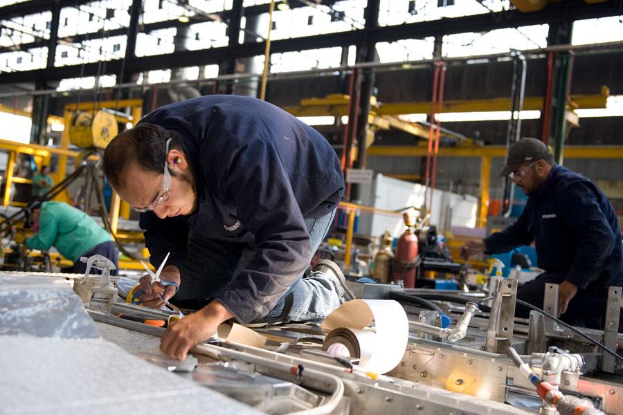 Si bien se elevó en 5% el personal ocupado en los sitios con programa IMMEX, los salarios de obreros retrocedieron 1.3%.