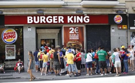 Actualmente, ambas empresas suman ventas de 23 mil millones de dólares y tienen más de 18 mil restaurantes en 100 países en el mundo.