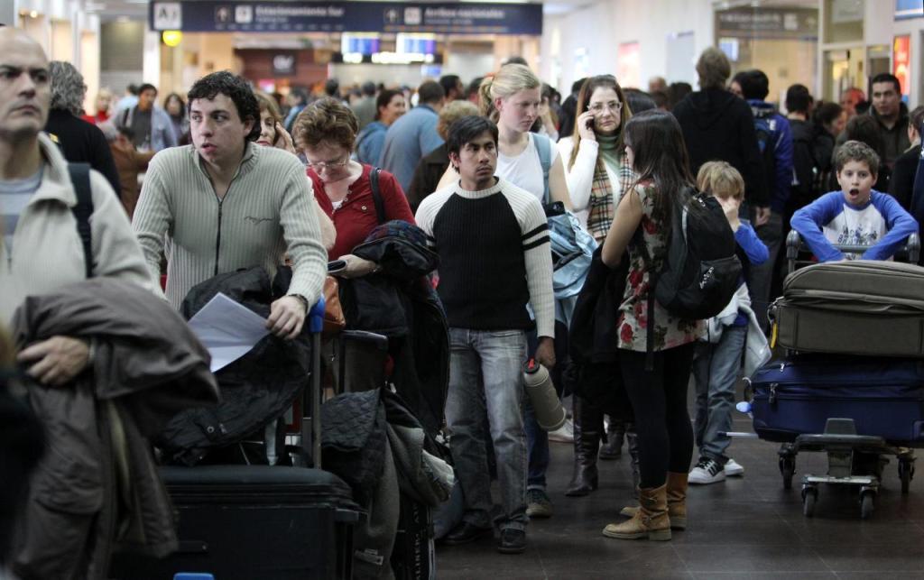 El nuevo aereopuerto tendría la finalidad de liberar las congestiones del AICM, que tuvo 31,5 millones de pasajeros en 2013.
