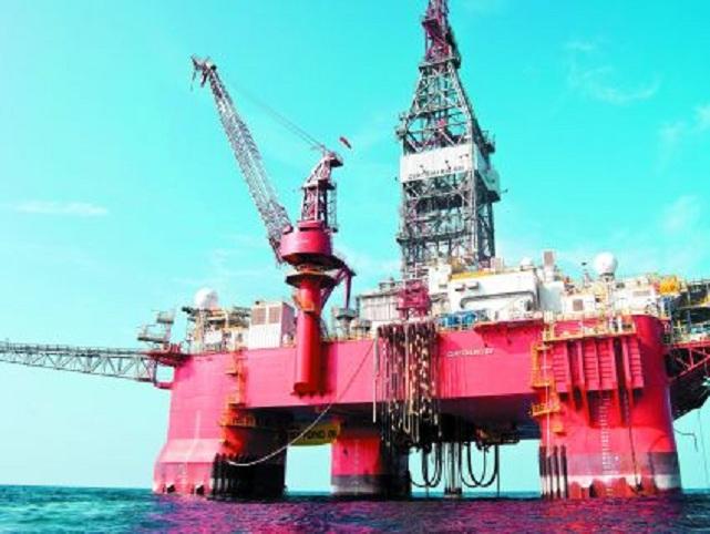 Producir 2.4 millones de barriles de crudo diarios en 2015 es la meta de producción aprobada por el Consejo de Administración de Pemex.