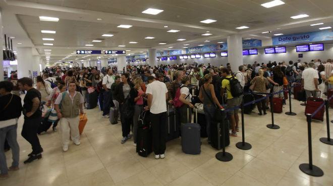 El aereopuerto de Cancún, uno de los principales de Asur, obtuvo el tercer menor incremento de tráfico de pasajeros con 9.1% en agosto.