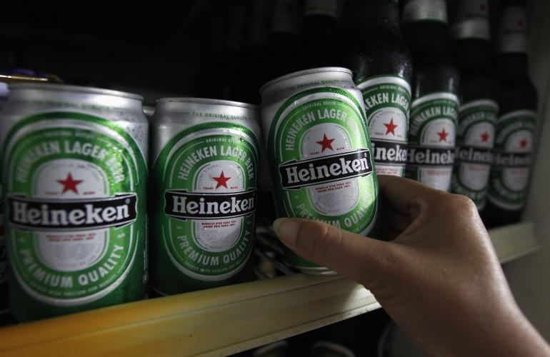 La fusión entre SABMiller y Heineken combinaría a la segunda y tercera mayor cervecería del mundo, respectivamente.