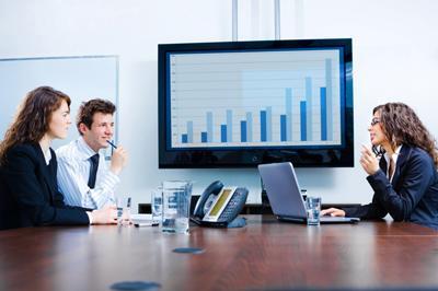 Los ingresos por servicios de contabilidad y auditoría cayeron 25.5% en julio 2014 a comparación anual.