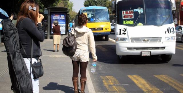 El año pasado los delitos cometidos con mayor frecuencia fueron el robo o asalto en la calle o en el transporte público con un 29.6% de las víctimas.