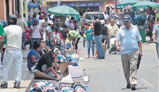 La iniciativa de Ley para incrementar la productividad no contempla nuevas acciones para combatir la informalidad, donde se ubica el 60% de los trabajadores del país.