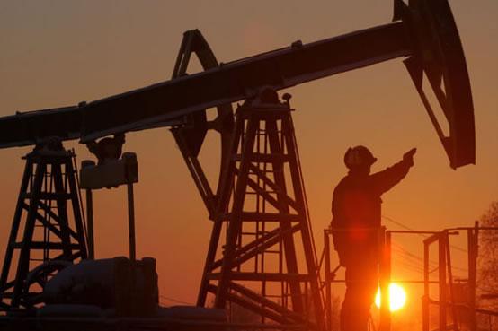 Por la mañana los precios internacionales del petróleo, tanto el West Texas Intermediate (WTI) como el Brent arrancaron el día en números rojos.