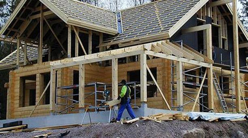 El porcentaje de casas acabadas del sector multifamiliar -de cinco casas o más- creció en un 93.7%.