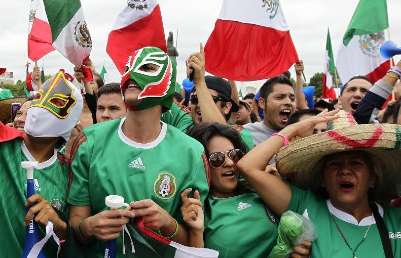 Según el Pew Research Center, en 2007 el 75% de una muestra de 1,000 mexicanos se encontraba satisfecho con su vida. Ahora en 2014 la proporción es del 79%.