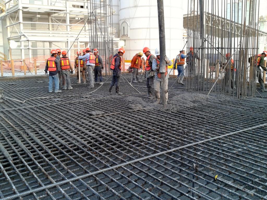 Valor de la producción en construcción gubernamental se ha concentrado en Veracruz y la privada en Nuevo León.