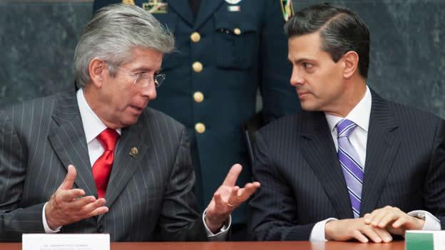 """El presidente Enrique Peña Nieto se mostró """"sensible"""" sobre las dudas en la adjudicación del proceso, según informó la SCT."""