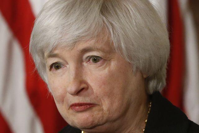 El órgano presidido por Janet Yellen también vigilará que la inflación no se aleje demasiado del objetivo de 2%.
