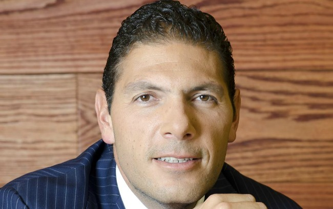 Carlo Hank González, nieto de Roberto González Barrera fundador del banco, tomará los controles del tercer banco de México.
