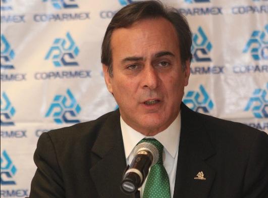 El líder de la Coparmex enfatiza en que las leyes deben dinamizarse y aplicarse a todos.