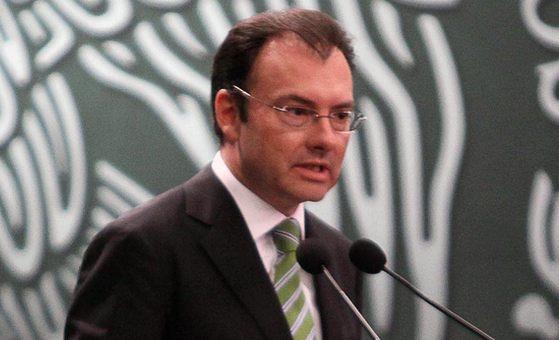 El secretario de Hacienda, Luis Videgaray confía en las fortalezas de las finanzas públicas para sortear las adversidades.