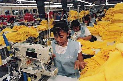 La reactivación en EU está arrastrando para bien la productividad en las fábricas mexicanas.