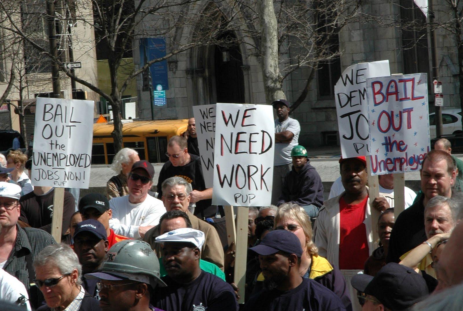 El aumento de solicitudes de apoyo al desempleo no cambiará la percepción de fortaleza en el mercado laboral.