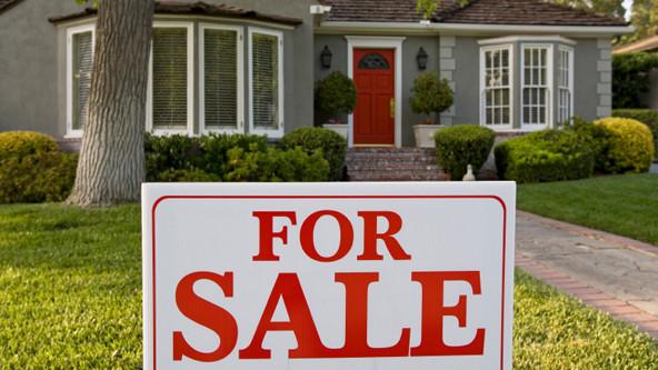La dificultad para comprar una casa usada en Estados Unidos podría aumentar ya que los precios de venta y renta continúan superando los salarios según la NAR.