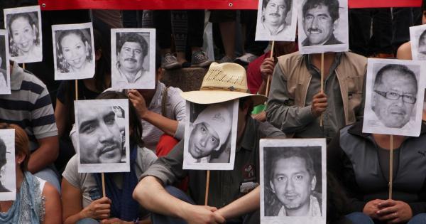 Periodistas asesinados, agresiones y desinformación son la marca del sexenio, según Artículo 19.