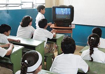 El 32% de las telesecundarias en México no tienen una sola computadora.