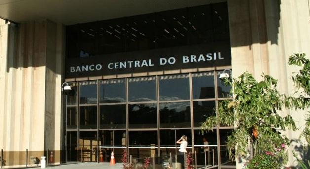 El banco central de Brasil elevará la tasa de interés de 12.75% a 13.25%, siendo el único país en la región que se arriesgará a modificarla.