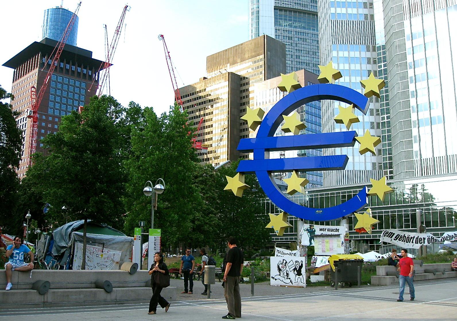 La inflación en la Eurozona a abril se situó en 0% tras mantener tasas negativas desde diciembre.