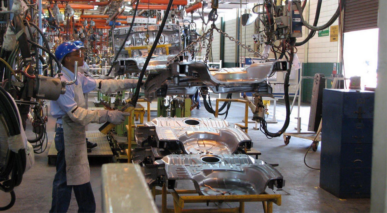 Las remuneraciones medias pagadas en el sector manufacturero de exportación se incrementaron 1.9% anual durante febrero.