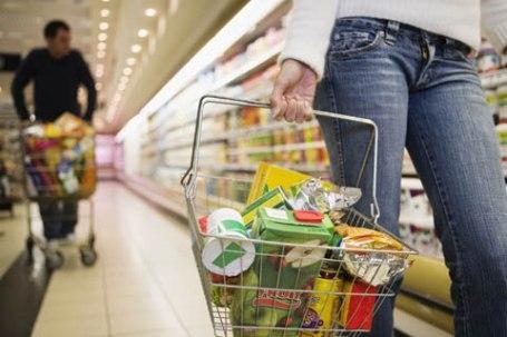 La percepción de posibilidades de comprar ropa, zapatos, alimentos etc registró un aumento mensual de 4.3%
